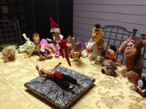 elf-on-a-shelf-fight-club