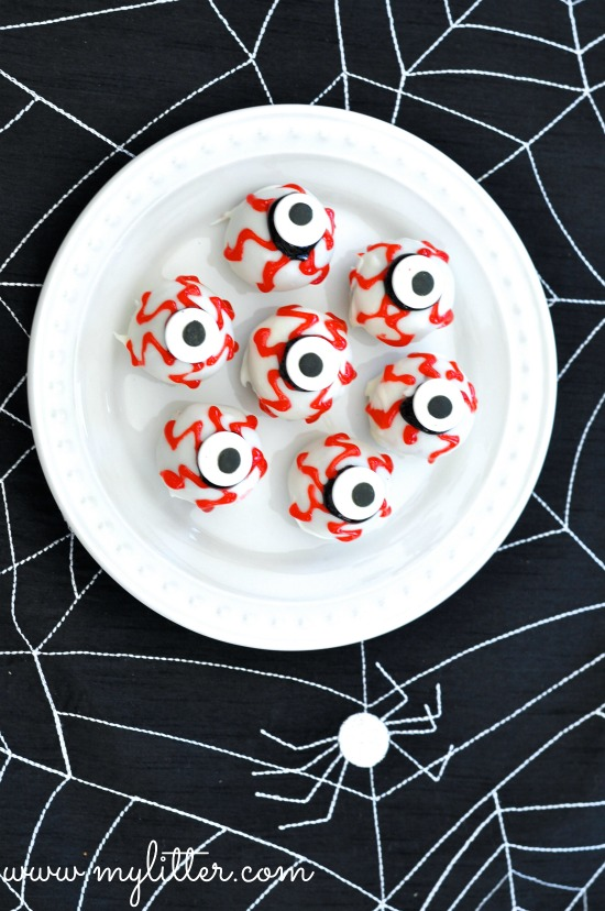 Halloween Cake Pops Edible Eyeballs