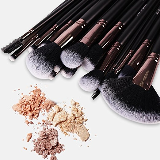 amazon 24 piece professional make up brush kit with coupon code mylitter one deal at. Black Bedroom Furniture Sets. Home Design Ideas
