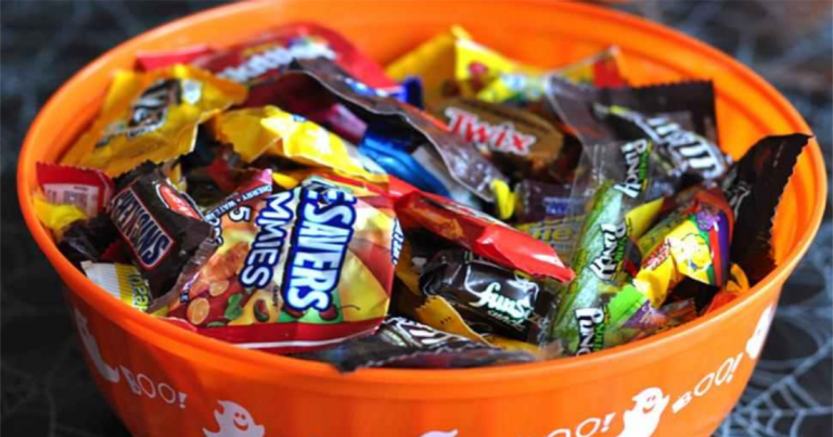 Head Over To Kroger Today And Snag Your Candy For Half Off Select Varieties Of Jumbo Bags Price Most 5 00 Will