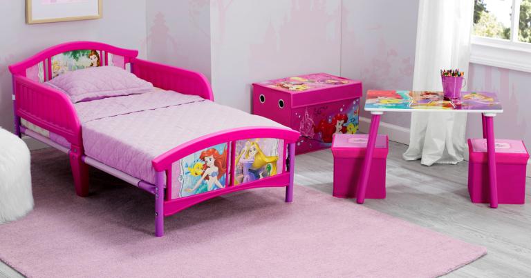 Walmart: Disney Princess 5-Piece Toddler Bedroom Set Plus