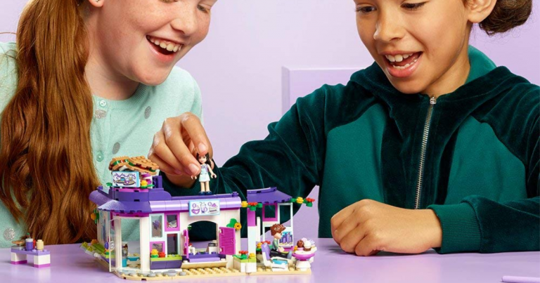 Amazon Lego Friends Emmas Art Café 41336 Building Set Mylitter